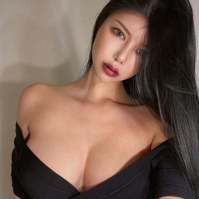 Girls asian Asian Women